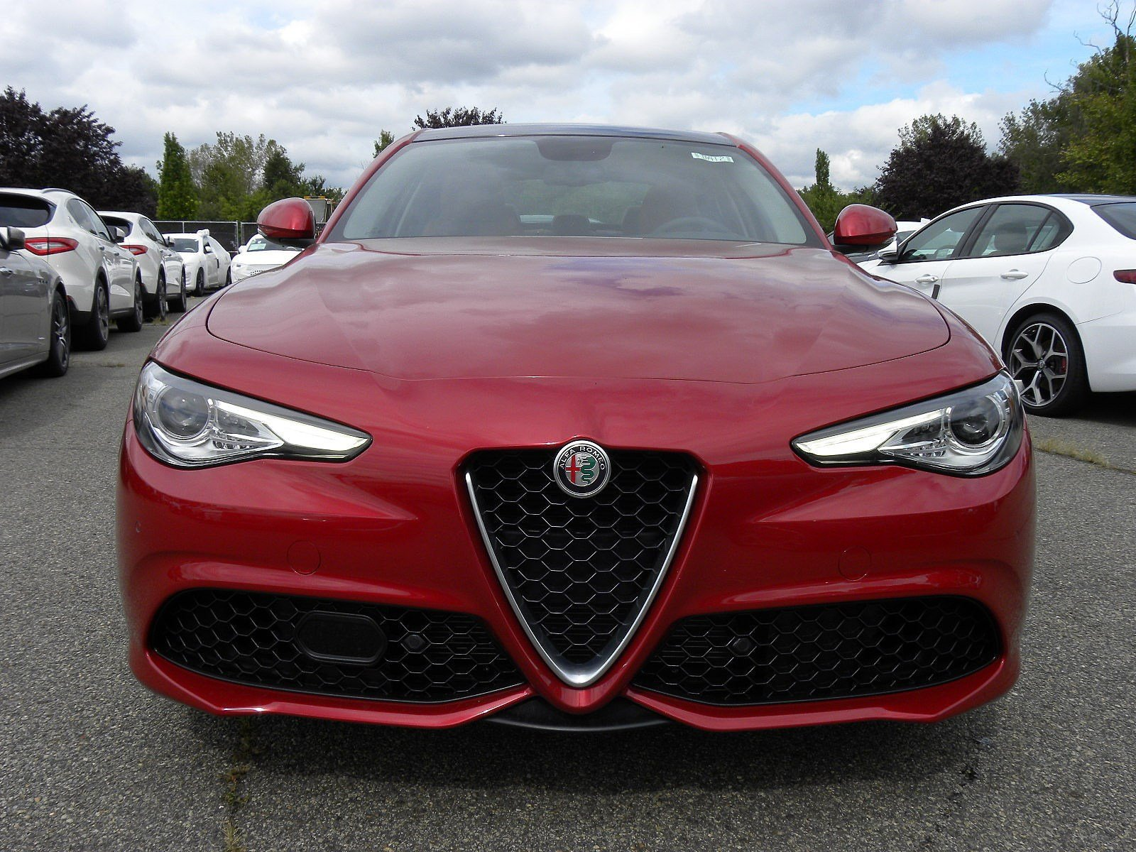 New 2018 Alfa Romeo Giulia Ti 4D Sedan in Whippany IA412