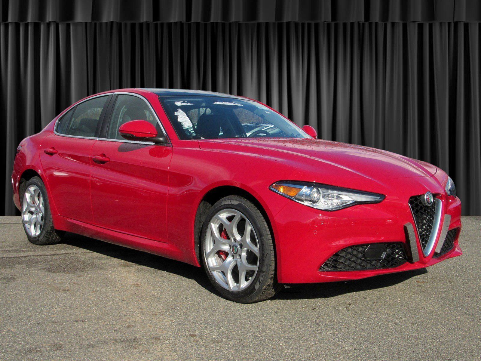 New Alfa Romeo >> New 2019 Alfa Romeo Giulia Ti Sedan In Whippany Ja59